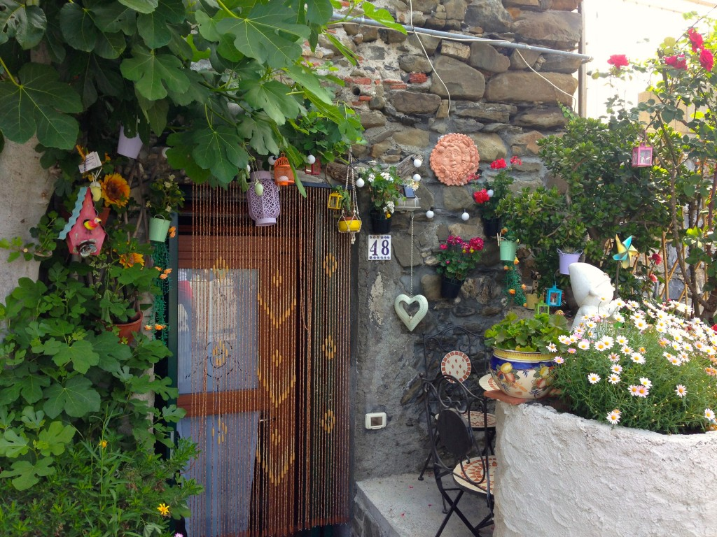 Cute doorways, Corniglia